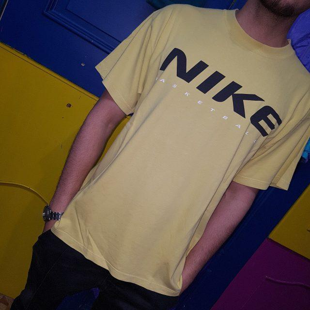 T Shirt Nike Basketball Taglia L1
